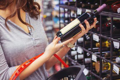 Weinflasche-Fotolia-163630130-©-Karanov-images-Lizenznehmer-food-monitor-420x280.jpg